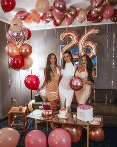 26 Birthday Cake, Happy Birthday Decor, 30th Birthday Parties, Birthday Woman, Birthday Balloons, Birthday Party Decorations, Birthday Cake For Women Elegant, Birthday Cakes For Women, Jumbo Balloons