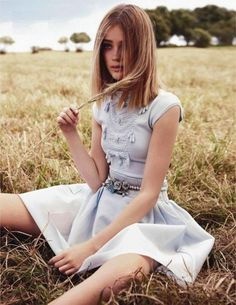 Editorial lindo da Vogue Austrália. Eu não sou muito adepta de looks românticos (gosto de algumas peças), mas esses estão lindos!