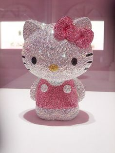 Swarovski Hello Kitty - perfectly sparkly, wish I could get her for my bff All Things Cute, Girly Things, Mincraft Mods, Hello Kitty Iphone Wallpaper, Kawaii Jewelry, Hello Kitty Collection, Japanese Characters, Classic Toys, Sanrio