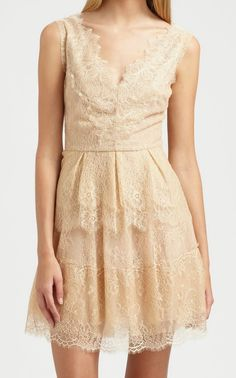 BCBGMAXAZRIA Willa Lace Cocktail Dress