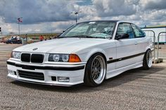 Bmw 318i, Bmw Cars, Bmw E36, E36 Coupe, Bmw M Series, Nice Cars, Pitbull, Cars And Motorcycles, Automobile