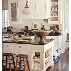 R & T Hogger Builders could renovate your Kitchen to look like this or any other style you would like, and even build the extension if you don't have the room you require