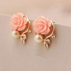 Pink flower pearl stud earrings