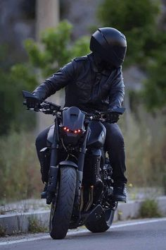 Why ride a motorcycle? Riding is something most people don't have to do, but rather feel compelled to–for a wide variety of reasons ranging from passion to practicality. One of the most distinct things about riding is that nothing feels quite like a motorcycle; the thrill of being at one with a two-wheeled freedom machine …