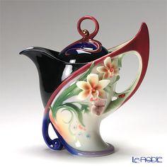"""Franz Collection """"Flora and Flutter"""" butterfly & flower design sculptured porcelain teapot"""