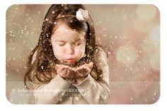 glitter photo shoot, fun Christmas photography, child photography