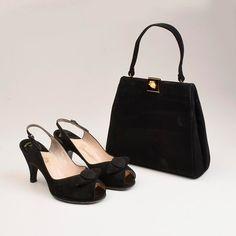 sz 6 B Vintage 50s Black Suede Platform Peeptoe by StyleandSalvage