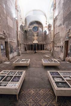 """S O P H I E ° L É C U Y E R : monotype Série de 33 monotypes, installés à la manière de carrés potagers,  présenté en parallèle de mon installation """"l'Enclos"""" à l'Eglise des Trinitaires de Metz."""
