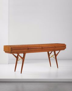 Ico Parisi; Satinwood and Brass Console, 1950s.
