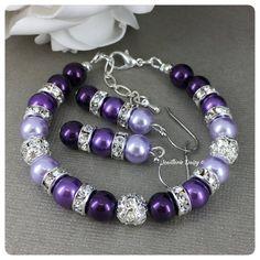 Shades of Purple Bracelet Purple Pearl Bracelet Bridesmaid Gift on a Budget Pearl Jewelry Pearl Bracelet Purple Bracelet Maid of Honor Pearl Jewelry, Beaded Jewelry, Pearl Bracelet, Beaded Bracelets, Jewlery, Diy Jewelry Set, Handmade Jewelry, Jewelry Making, Purple Wedding Jewelry