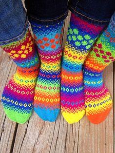 Knitting Patterns Socks Ravelry: Popping Dots Socks pattern by Natalia Moreva Crochet Socks, Knitted Slippers, Wool Socks, Knitting Socks, Hand Knitting, Knitting Patterns, Knit Crochet, Patterned Socks, Fair Isle Knitting