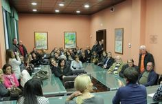 I piccoli azionisti riuniti a Pizzoli hanno costituito un comitato per cercare di riavere indietro il denaro. In regione il caso delle obbligazioni subordinate riguarderebbe 3-4 mila persone