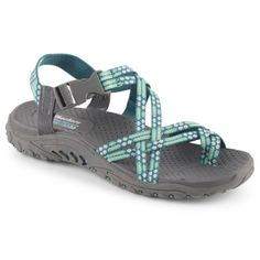 Spend your summer exploring in the Loopy women's sandal from Skechers
