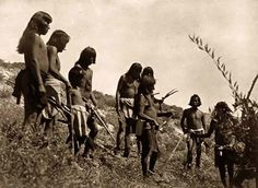 Above we show a moving photo of an Indian Snake Gathering. It was made in 1907 by Edward S. Curtis.    The illustration documents Several Hopi men on down slope of hill hunting snakes.    We have compiled this collection of artwork mainly to serve as a vital educational resource. Contact curator@old-picture.com.