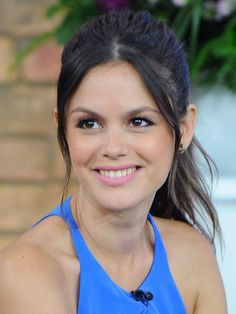 Rachel Bilson Hair and Make-Up Style