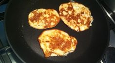 egg, banana, cottage cheese pancakes (recipe in Dutch)