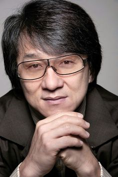 Celebrities - Jackie Chan Photos collection You can visit our site to see other photos. Funny Movies, Great Movies, Jackie Chan Movies, Celebrities With Glasses, Karate Kid, Martial Artist, Bruce Lee, Celebrity Crush, Comedians