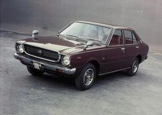 Toyota Corolla 4-door Sedan (TE30) '1974–79