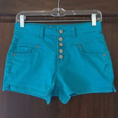 Aeropostale high-rise turquoise shorts 24 Gently used.  Fit 24, all tags were cut off Aeropostale Bottoms Shorts