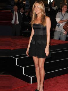 Jennifer Aniston wore a Valentino dress to the premiere of 'Marley & Me', LA, December 2008.