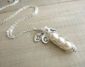 3 peas in a pod necklace