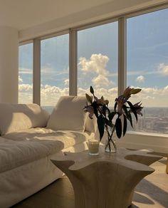 Dream Home Design, My Dream Home, Dream Apartment, Apartment View, Studio Apartment, Aesthetic Room Decor, Aesthetic Plants, Dream Rooms, House Rooms