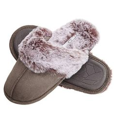 ea1c928ee6bf ... Available in size Small (US Medium (US Large (US Extra Large (US  Slipper is narrow in width
