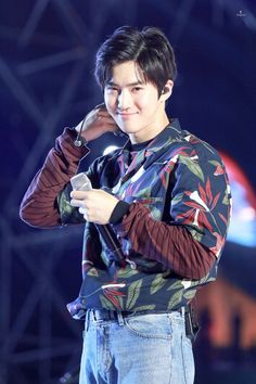 Suho exo at Incheon Sky Festival 2018 Chanyeol, Pops Concert, Exo Concert, Chen, K Pop, Kai, F4 Boys Over Flowers, Rapper, Kim Joon Myeon