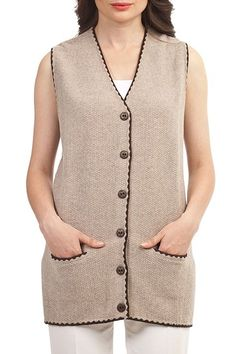 Knit vest fashions # Tigis of Knitwear for years occurs to be trendy. Knitwear is kind of numerous. Knit Vest, Baby Cardigan, Crochet Dress Outfits, Diy Crafts Knitting, Vest Outfits, Cardigan Pattern, Baby Knitting Patterns, Knitwear, Clothes