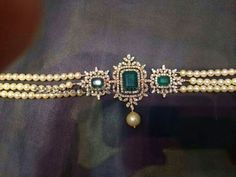 Square shaped diamond clasps adorned in the center with large faceted cut emeralds, rose cut. Pearl Jewelry, Indian Jewelry, Wedding Jewelry, Beaded Jewelry, Glass Jewelry, Jewelry Rings, Diamond Choker, Pearl Diamond, Diamond Jewellery
