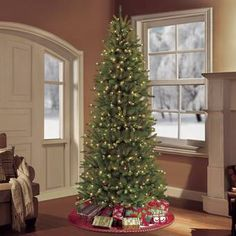 Puleo Tree Company Pre-Lit Fraser Fir Artificial Christmas Tree with 750 Clear/Multi-Colored LED UL-listed Lights -