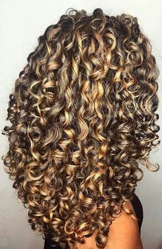 Wedding hairstyles curly hair tutorials 58 Ideas for 2019 - Hair Styles Curly Hair Tips, Long Curly Hair, Curly Hair Styles, Natural Hair Styles, Tumblr Curly Hair, Curly Perm, Permed Hairstyles, Wedding Hairstyles, Knot Hairstyles