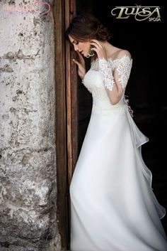 Lace. Luisa Sposa.