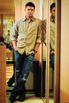 Jensen ackles- hot damn!!