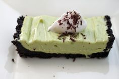 Easy No Bake Sweet Avocado-Chocolate Tart (and easily modified for GF)!