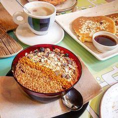 Desayuno en @mrkalefood  breakfast  #mrkale #movimientomrkale #laspalmasdegrancanaria #desayuno #breakfast #healthy #acai #Coffee #food #healthyfood #pancakes #grancanaria #islasCanarias #canaryislands #españa #spain #europe #europa #traveling  #life #vida #viajar #travel #viajero #traveler #foodpics #foodporn #instatravel #travelgram #travels by mircmancito