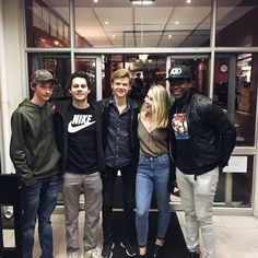 Jacob Lofland, Dylan O'Brien, Thomas Sangster and Dexter Darden with a fan recently