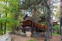 Kulturinsel Einsiedel: handiwork on all the wooden Treehouse hotel rooms is marvellous