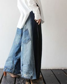Sewing Upcycle: Jeans 2019 Sewing Upcycle: Jeans The post Sewing Upcycle: Jeans 2019 appeared first on Denim Diy. Trend Council, Diy Jeans, Outfit Jeans, Ropa Shabby Chic, Estilo Jeans, Baggy Pants, Denim Ideas, Altered Couture, Recycled Denim