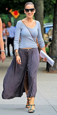 SARAH JESSICA PARKER Stay cool in breezy, light fabrics – like those making up SJP's ensemble. Her button-front midi and scoop neck shirt are comfortable, but don't feel dowdy. Ditto for those T-strap wedges.