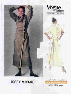 Vogua: Issey Miyake Pattern 2427, from 1990