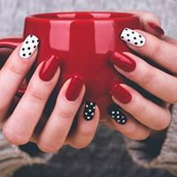 An easy and classy polka dots design