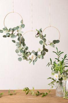 Simple Wedding Decorations, Wedding Wreaths, Diy Wedding Flowers, Bridal Shower Decorations, Simple Weddings, Diy Wedding Backdrop, Diy Wedding Crafts, Party Decoration Ideas, Ceremony Backdrop