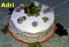 Joghurtos szőlőtorta | NOSALTY Minion, Ale, Desserts, Food, Yogurt, Tailgate Desserts, Meal, Dessert, Eten