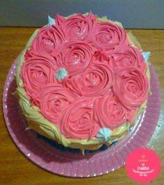 Bolo, Cake, Rose, Galinha Pintadinha, Cheirinho de Comida  http://ateliecheirinhodecomida.blogspot.com/  Atendemos: Poá | Suzano | Itaquaquecetuba | Mogi das Cruzes | Ferraz de Vasconcelos | São Paulo