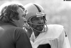 John Madden: Kenny Stabler was the 'perfect QB and a perfect Raider' Ken Stabler Raiders Players, Raiders Baby, Raiders Football, Saints Football, Oakland Raiders, Football Helmets, Raider Nation, Lsu, Coaching