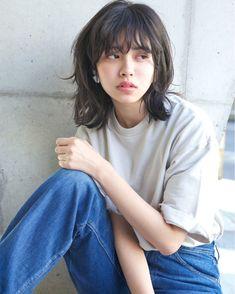28 Ideas for hair 2018 medium layers Asian Short Hair, Girl Short Hair, Short Punk Hair, Cut My Hair, Hair Cuts, Hair Inspo, Hair Inspiration, Short Grunge Hair, Middle Hair
