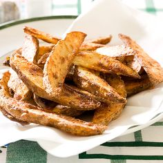 Garlicky Oven Fries Recipe - Cook's Country    I've tried this recipe before and it's sooo good! Might try adding half a tablespoon more of cornstarch for extra crunch.