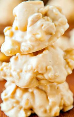 White Chocolate Peanut Butter Cookie Clusters (no-bake, gluten-free) ~ Salty-and-sweet, ready in 10 minutes and you don't have to turn on the oven!