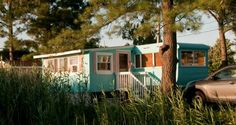 Astonishingly, the couple somehow completely transformed the Ventoura mobile home in less than two years. Description from mobilehomeliving.org. I searched for this on bing.com/images
